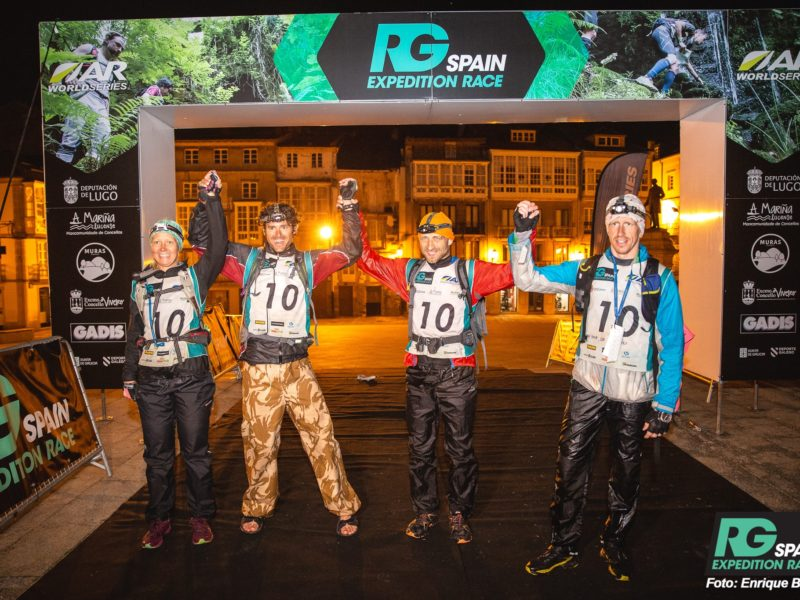 Team Spirit and collaboration in Adventure Racing